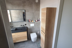 badkamer-zwart-hout-wc
